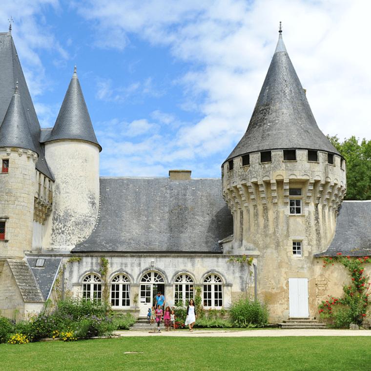 Compostelle - chateau de Javarzay