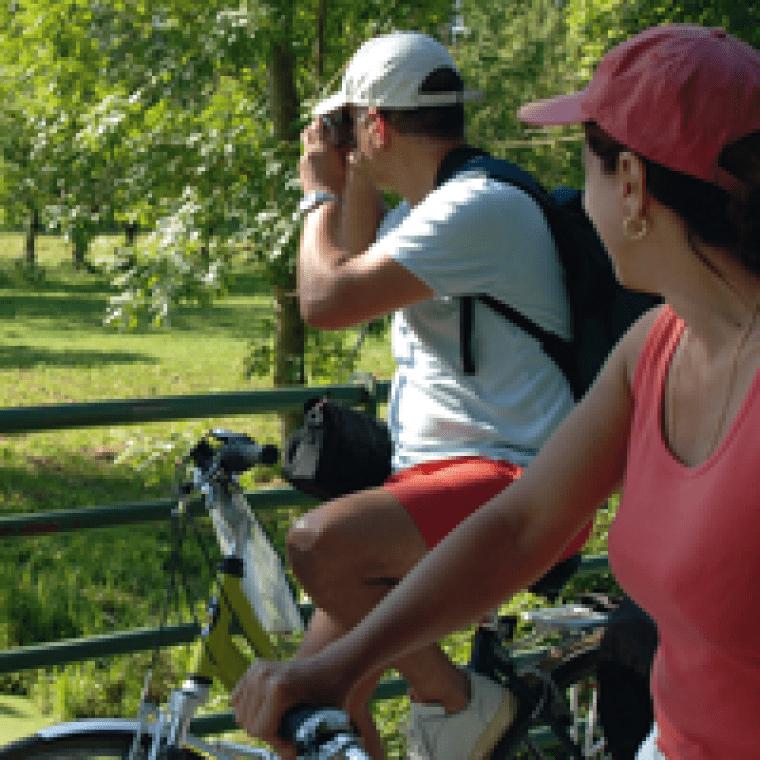Sylvie et manu en séjour à vélo dans le marais poitevin